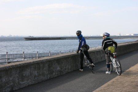 浜辺のサイクリングロード
